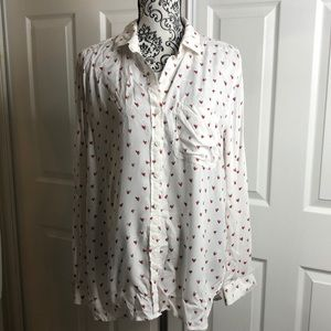 BeachLunchLounge Heart Long Sleeve Button Up M